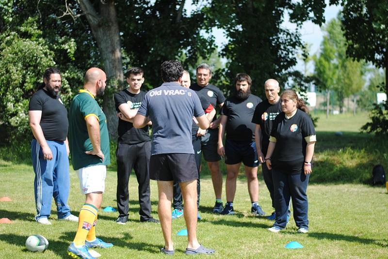 El Puente disfruta del primer entrenamiento de rugby inclusivo junto al VRAC